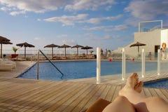 Terraza relajante del hotel en Tenerife Foto de archivo libre de regalías