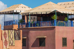 Terrazas de Marrakesh imagen de archivo libre de regalías