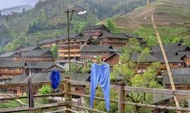 Terrazzi del riso negli altopiani della Cina, villaggio d'agricoltura agricolo Fotografie Stock Libere da Diritti