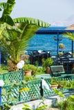 Terrazzo del ristorante vicino al mare Fotografia Stock Libera da Diritti
