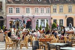 Terrazzo nella città di Brasov Fotografie Stock