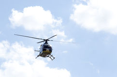 Terre d'aéroport d'hélicoptère Photo stock