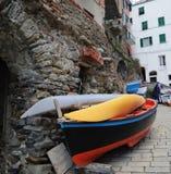 Terre de Cinque - calle de Riomaggiore Fotografía de archivo