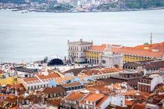 Terreiro do Paço, van het Kasteel wordt gezien dat royalty-vrije stock afbeeldingen