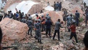 Terremoto de Nepal en Katmandu almacen de video