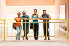 Terreno africano das estudantes universitário Imagem de Stock