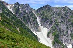 Terreno alpino sul supporto Karamatsu, alpi del Giappone Fotografie Stock