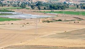 Terreno coltivabile di agricoltura dopo la raccolta Immagini Stock Libere da Diritti