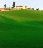 Terreno coltivabile in Toscana fotografie stock libere da diritti