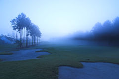 Terreno da golf all'alba Fotografie Stock Libere da Diritti