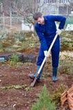 Terreno di scavatura dell'uomo Immagini Stock Libere da Diritti