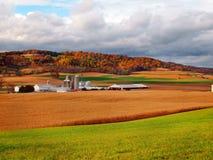 Terres cultivables dans l'automne Images stock