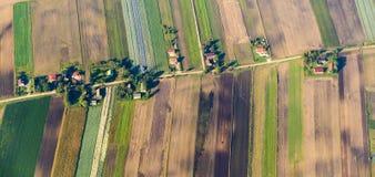 Terres cultivables polonaises près de Cracovie image stock