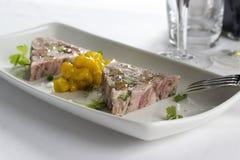 Terrina del vino del Reno & dello zampone del prosciutto con la giardiniera con senape e spezie Immagine Stock