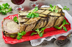 Terrine - potrawka mięso, warzywa i makaron, Fotografia Stock