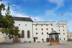 Território do castelo de Hohensalzburg fotografia de stock