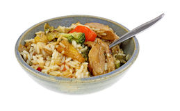 Terriyaki鸡米菜,碗,匙子角度 库存图片