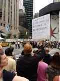 Terrorisme de partisan de la suprématie blanche, protestant Donald Trump, NYC, NY, Etats-Unis Photos stock
