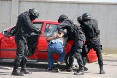 """Terroristas da captura do pelotão da polícia com bomba em um carro na cidade †""""setembro de Sófia, Bulgária, 11,2007 Cena crimin Fotos de Stock Royalty Free"""