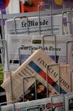 TERRORISTE ATTAQUÉ EN PAGES DE COUVERTURE DE BERLIN photo stock