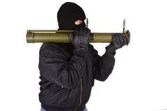Terroriste avec le lance-grenades de bazooka photographie stock libre de droits