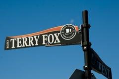 Terry Fox znak uliczny Charlottetown, Kanada - zdjęcia royalty free