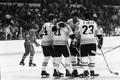 Terry O'Reilly, Don Marcotte e Rick Smith, punteggio di Bruins! Fotografie Stock