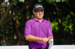 Terry Pilkadaris dans le championnat 2015 de golf de la Thaïlande Images stock