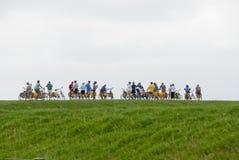 Terschelling的骑自行车者 库存照片