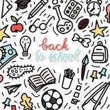 Terug naar de stijlillustratie van de schoolkrabbel Schoolbus, bagpack, potlood, raket, tennisschoen, schoolboard enz. Stock Fotografie