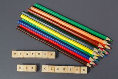 Terug naar school en kleurpotloden Stock Fotografie