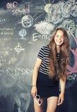 Terug naar school na de zomervakanties, leuke tiener Stock Afbeeldingen