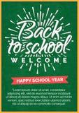 Terug naar schoolkaart met etiket op groen bord Stock Foto