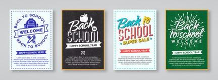 Terug naar schoolkaart met etiketten het consisiting van school wordt geplaatst die bagpac Royalty-vrije Stock Foto's