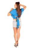 Terug van vrouw gekleed in borrels en pareo Stock Fotografie