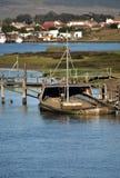 Teruggetrokken vissersboten Stock Afbeeldingen