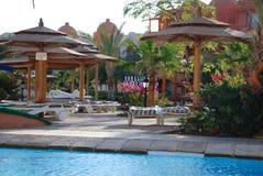 Terytorium hotel przy basenem Egipt Hurgada Obrazy Stock
