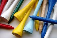 Tes de golf de madera brillantemente coloreadas Imagen de archivo libre de regalías