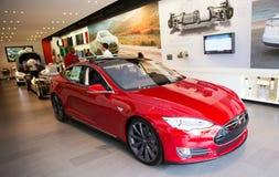 Tesla elbil Arkivfoto