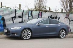 Tesla od strony zdjęcie stock