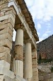 Tesoro de los atenienses en el oráculo de Delphi Foto de archivo