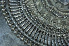 Tesoro, montón de la joyería nupcial de plata oriental hermosa Indi Imagen de archivo