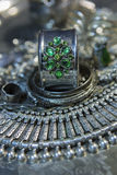 Tesoro, montón de la joyería nupcial de plata oriental hermosa Indi Foto de archivo