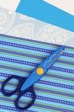 Tesouras e papel, scrapbooking imagens de stock