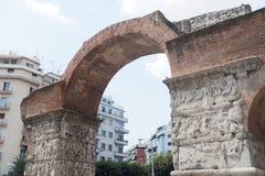 Tessalónica, Grécia - 4 de setembro de 2016: O arco da opinião do imperador de Galerius Fotos de Stock Royalty Free