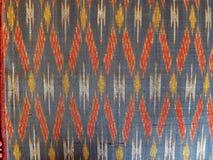 tessitura di seta in Tailandia fotografie stock libere da diritti