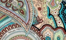 Tessuto d'annata variopinto con la stampa blu e marrone di Paisley Immagini Stock Libere da Diritti