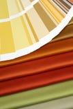 Tessuto e scheda aperta di colore fotografie stock