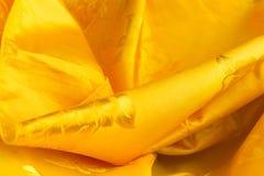 Tessuto giallo della curva Fotografia Stock Libera da Diritti
