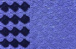 Tessuto tricottato di filato blu e blu scuro Immagine Stock